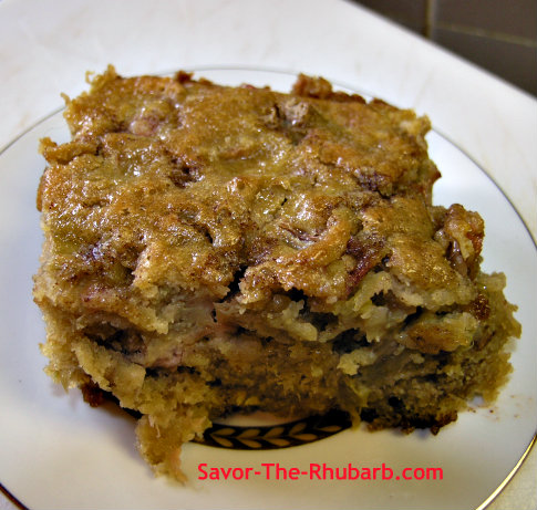 Homemade Rhubarb Amish Coffee Cake