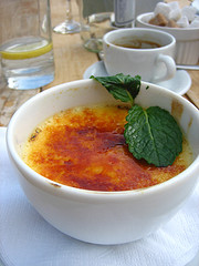 rhubarb creme-brulee